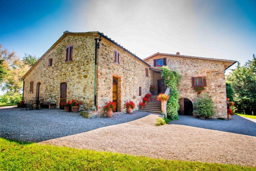Benvenuti nel nuovo sito dell' Agriturismo Segarelli